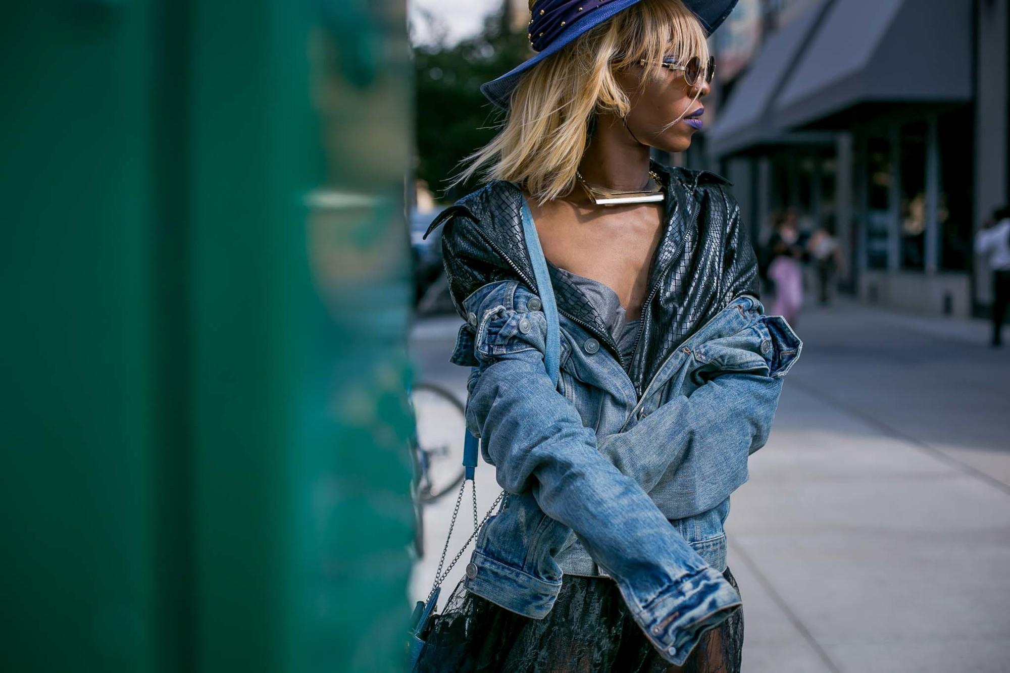 hair color for black women: blonde hair
