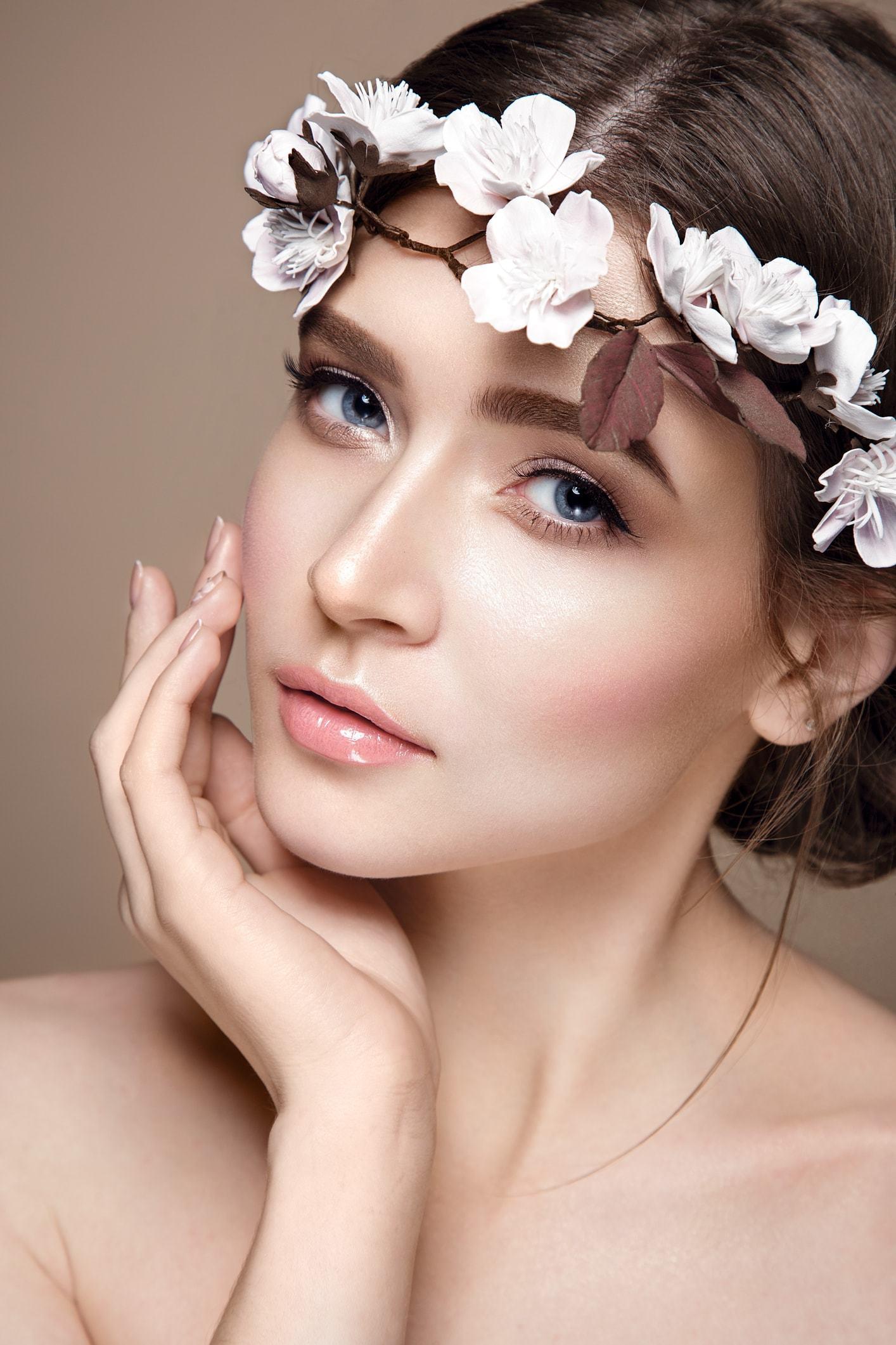 flower girl hairstyles low brunette bun low crown