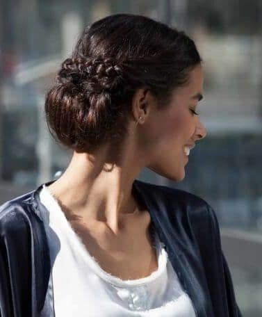 how to make a low chignon