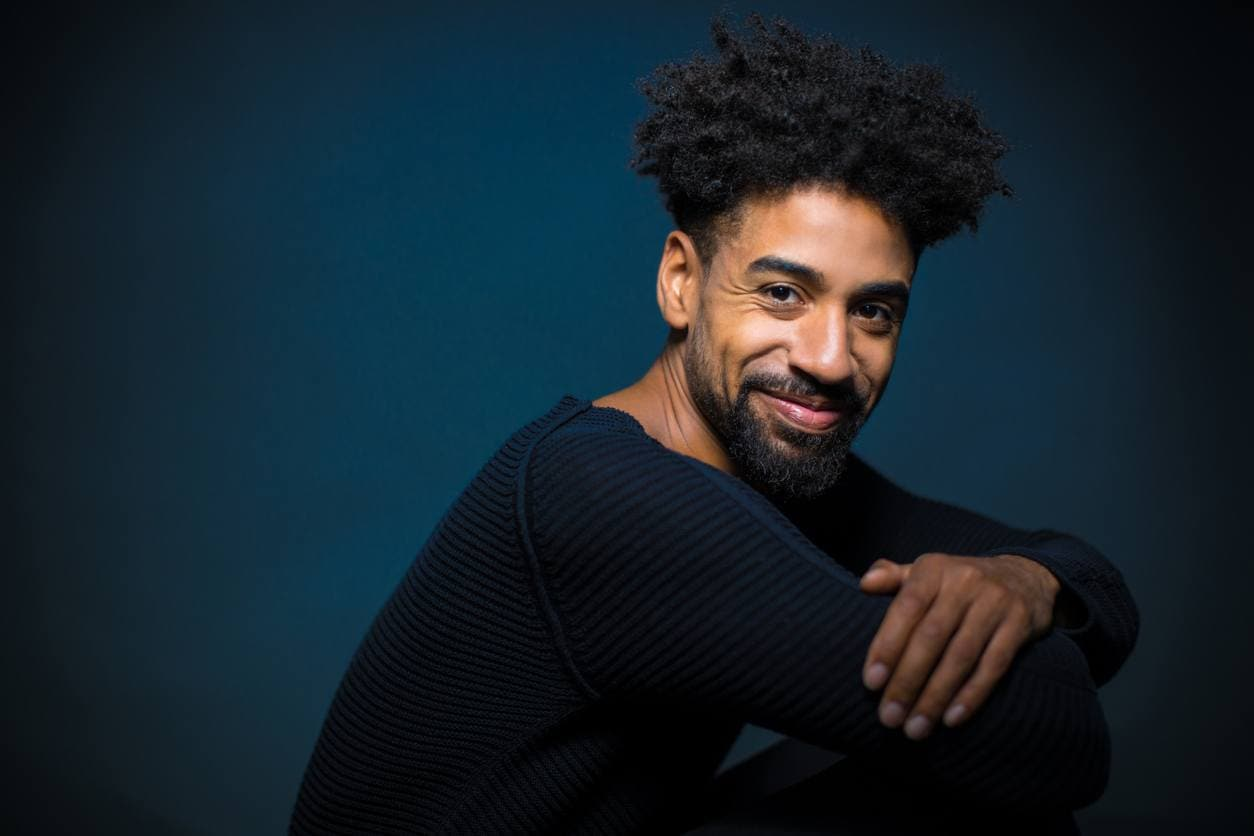 natural hairstyles for men: picked out afro