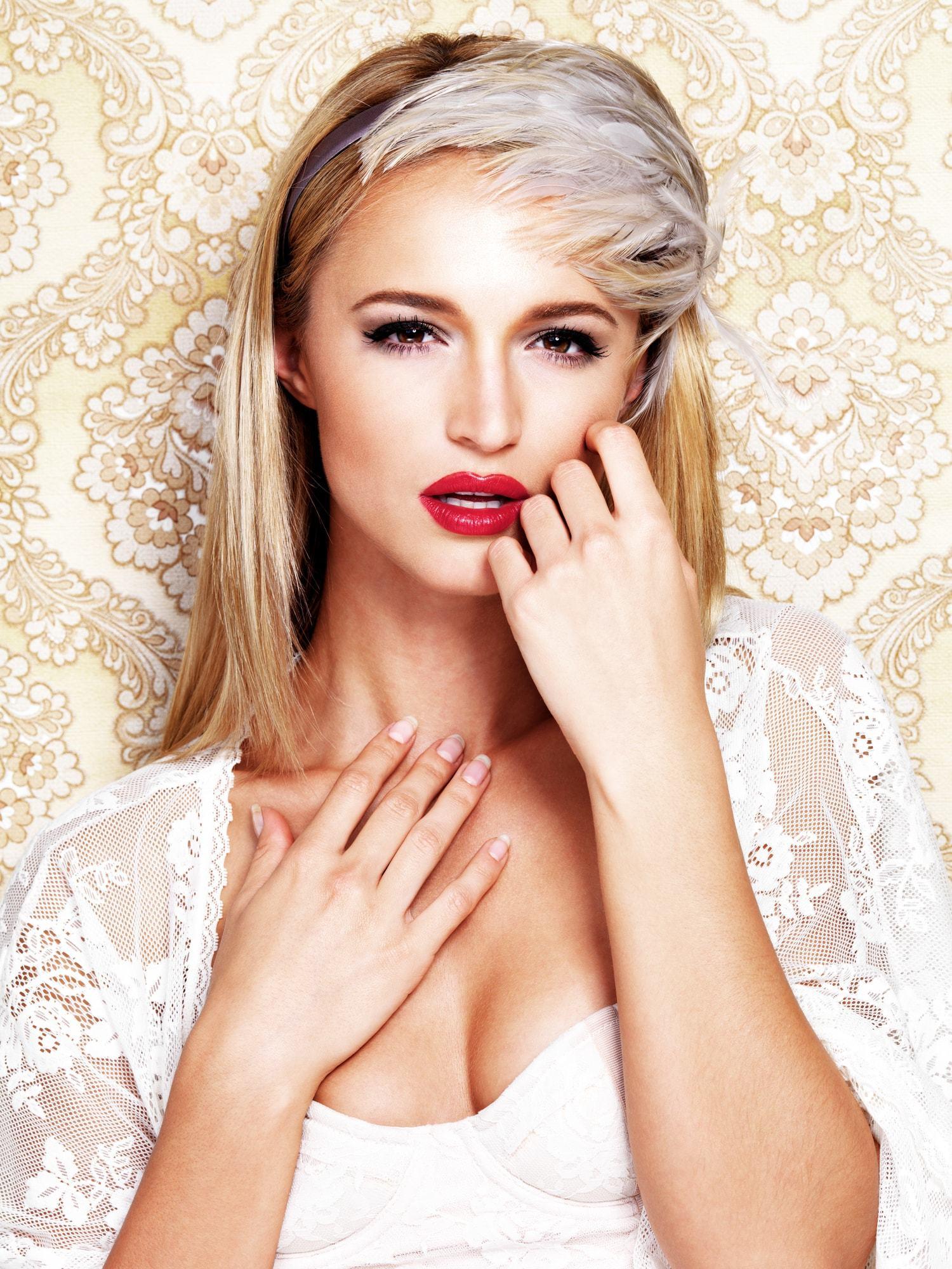 victorian hairstyles feather headband blonde straight hair
