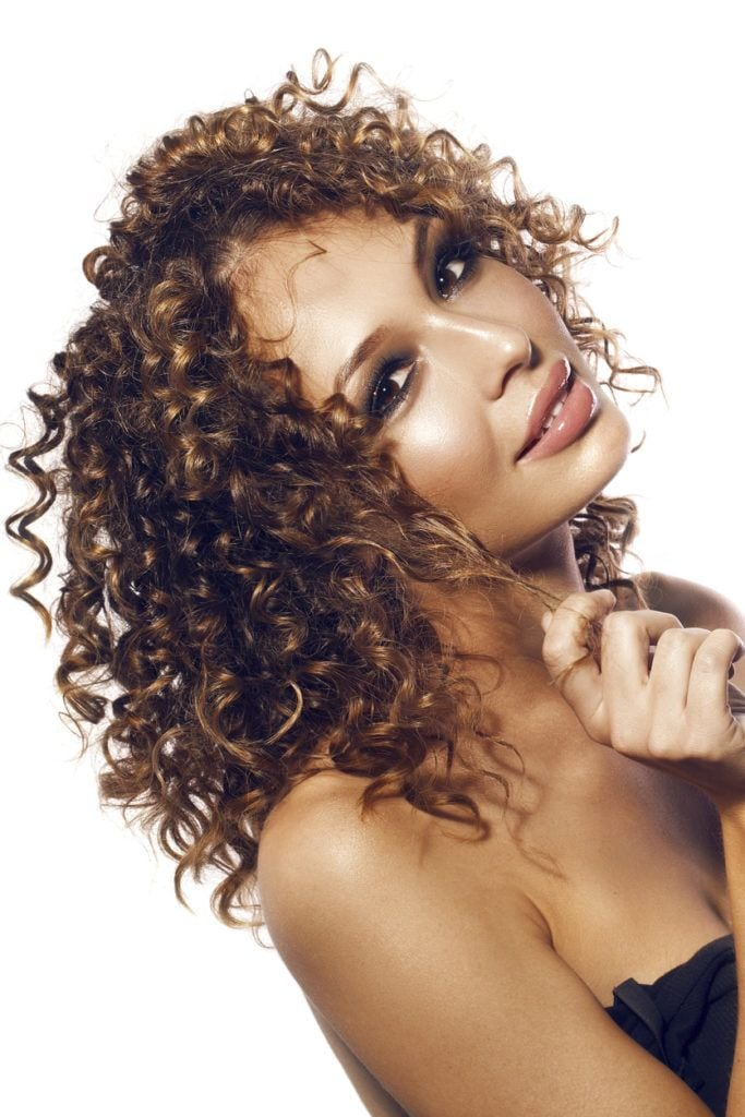 Highlights for curly black hair best blackhair 2017 copper highlights 20mstunning ideas for any hair color pmusecretfo Image collections