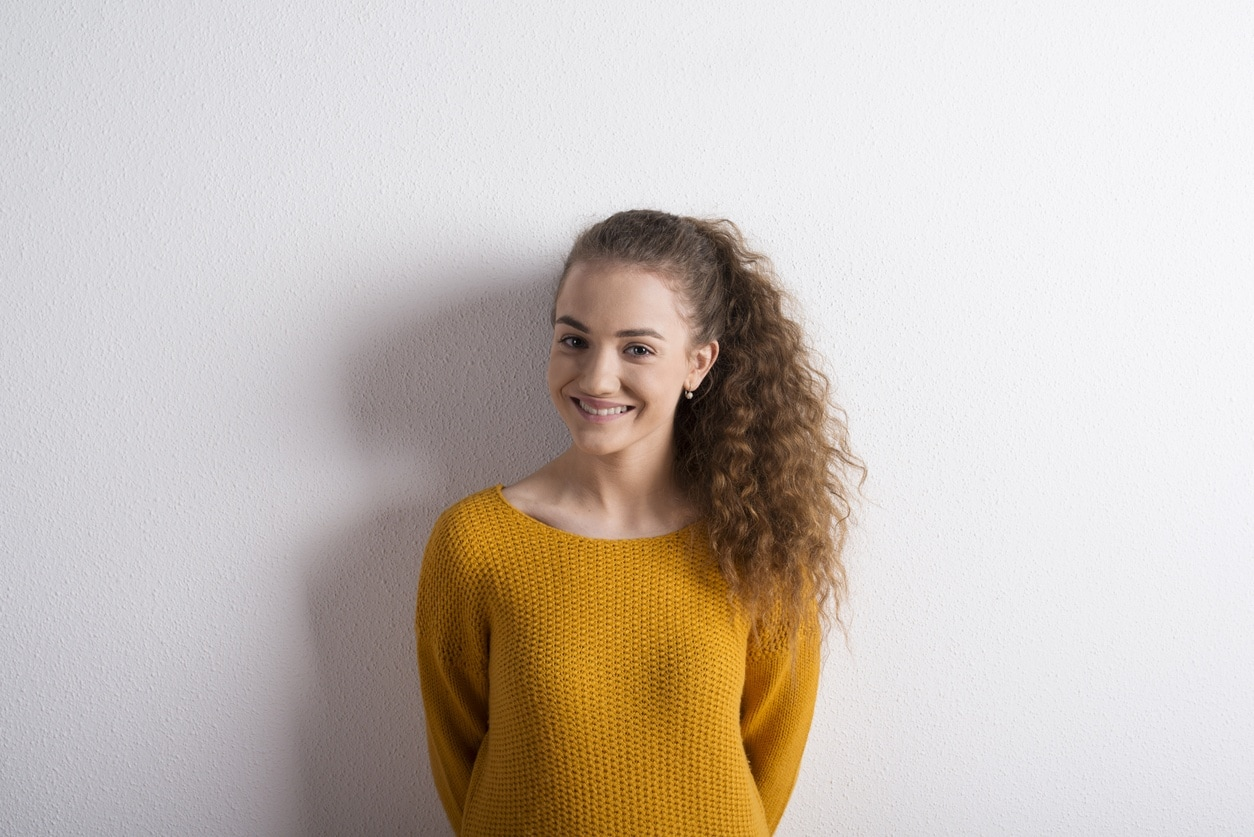 easy styles for curly hair high ponytail