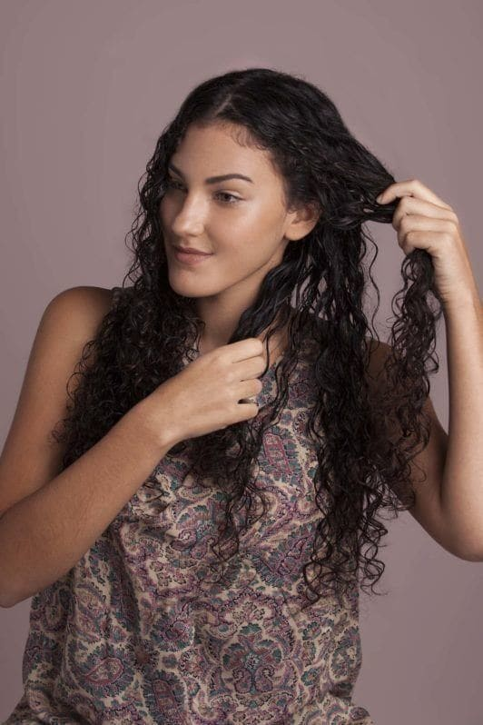 how to use a diffuser separate your hair