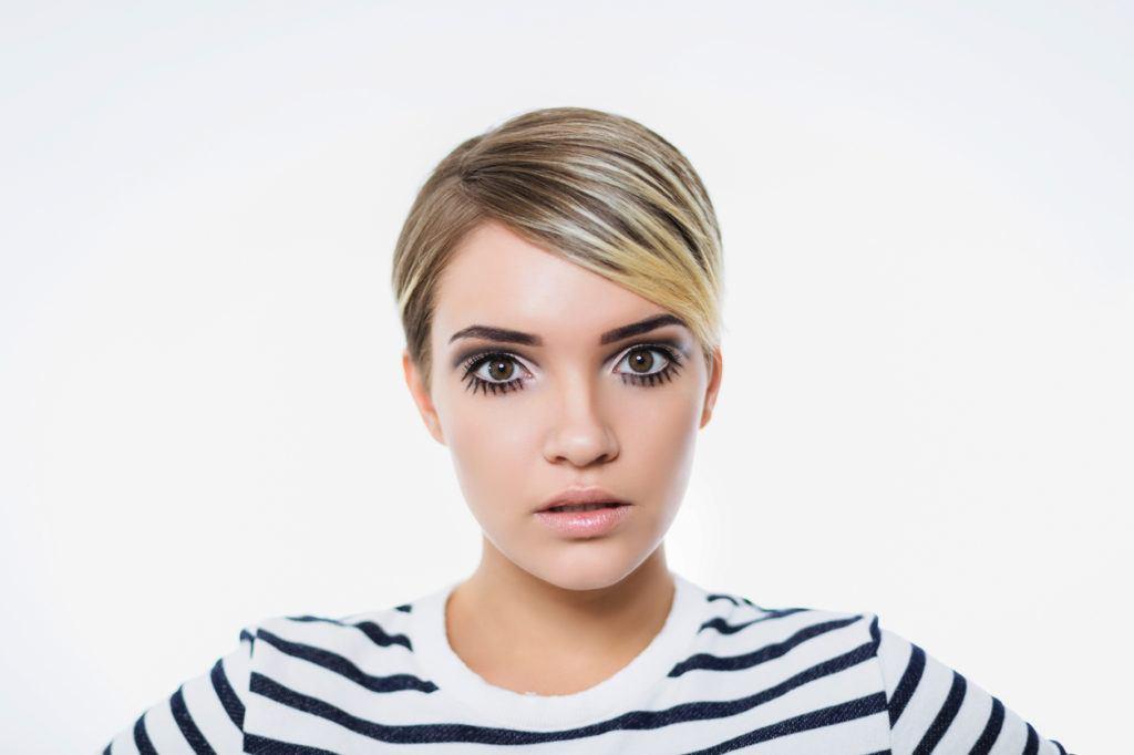 short hair highlights: platinum blonder
