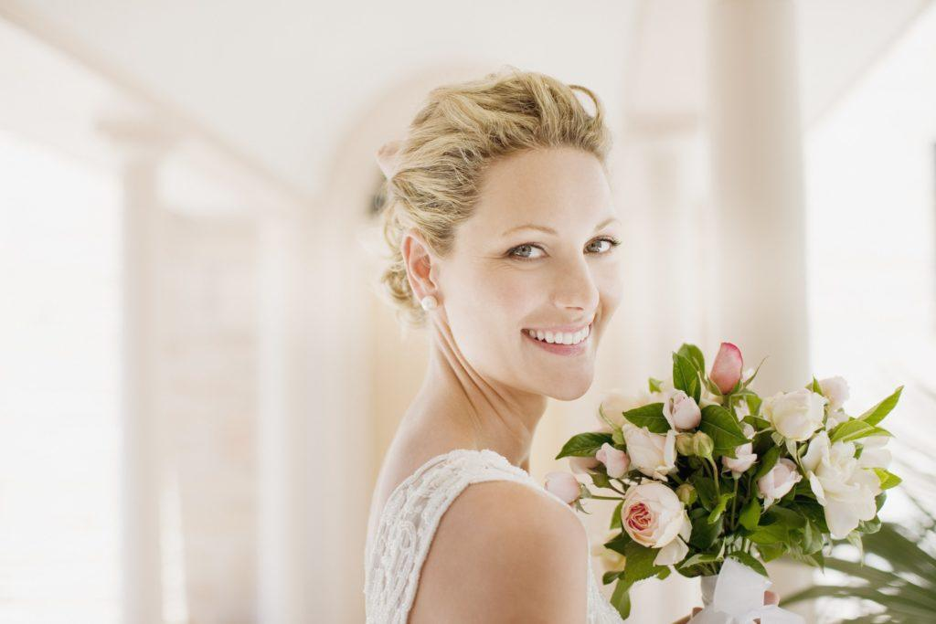 wedding updos for short hair blonde volumized updo