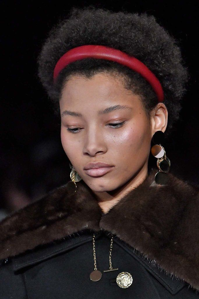 4b hair: headband accessory
