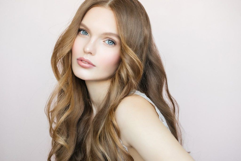 Golden Brown Hair 17 Golden Brown Hairstyles We Re Trying