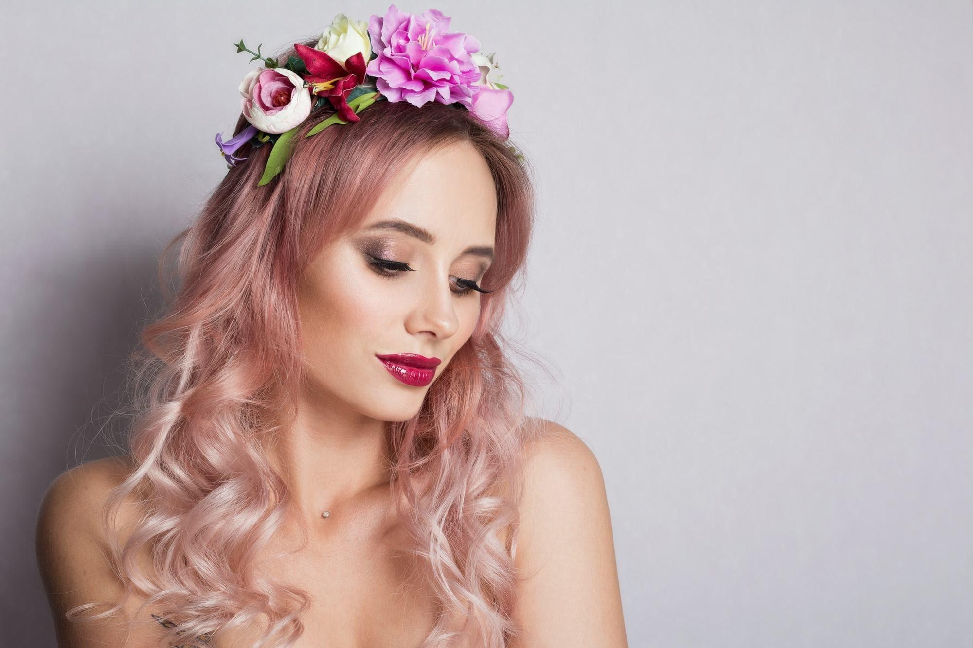 two tone hair millennial pink