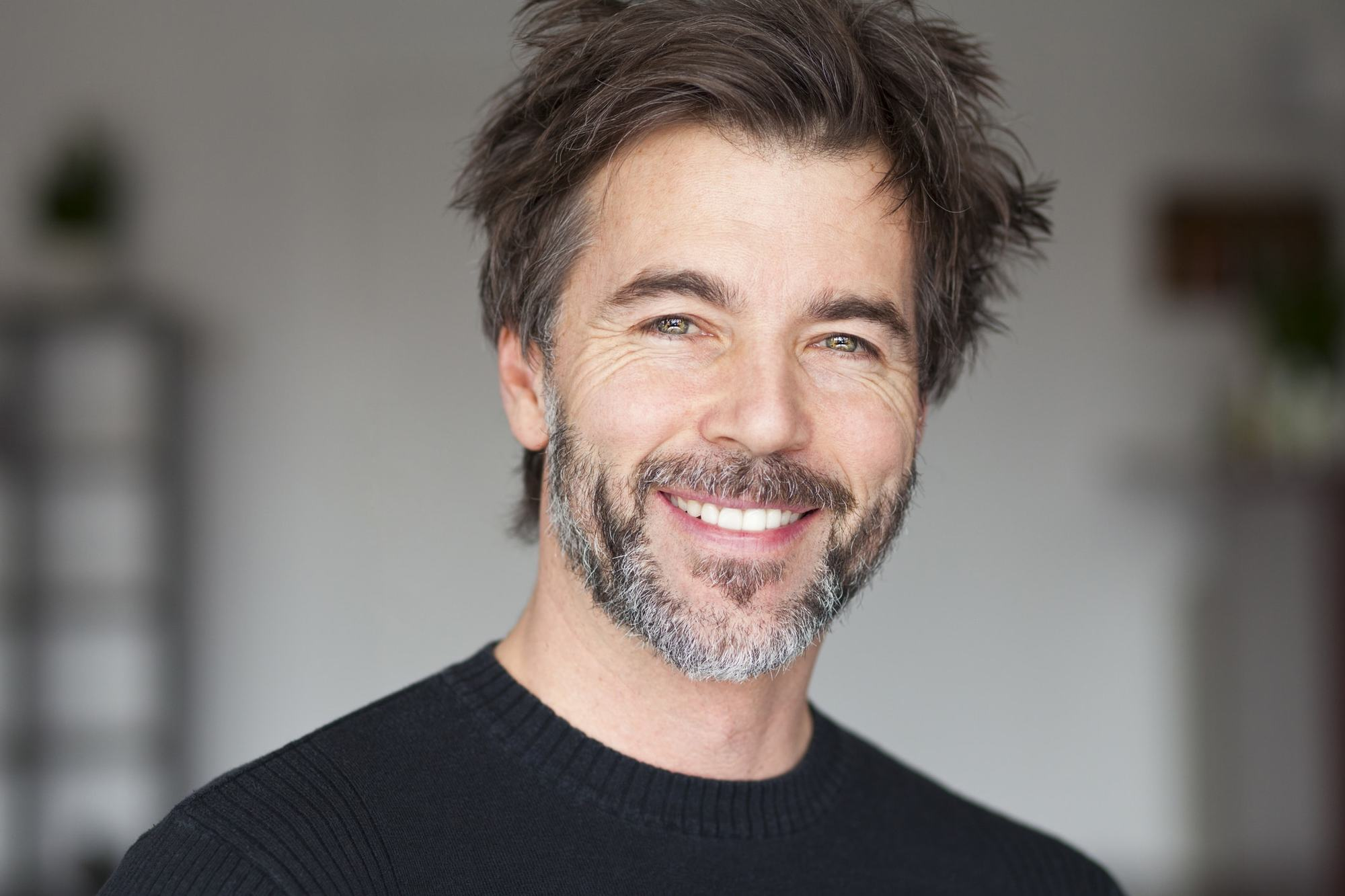 Hairstyles for Men Over 40: 15 Timeless Looks to Consider