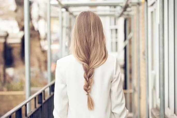professional hairstyles for long hair loose braid