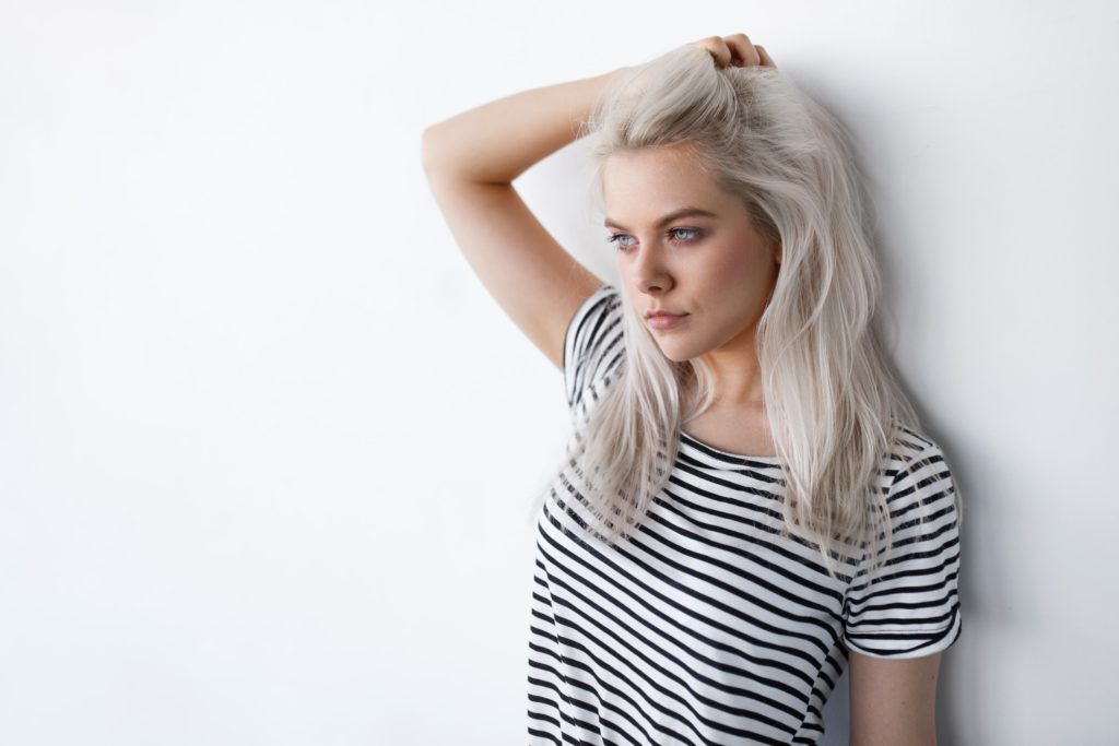 feathered hair silver blonde straight