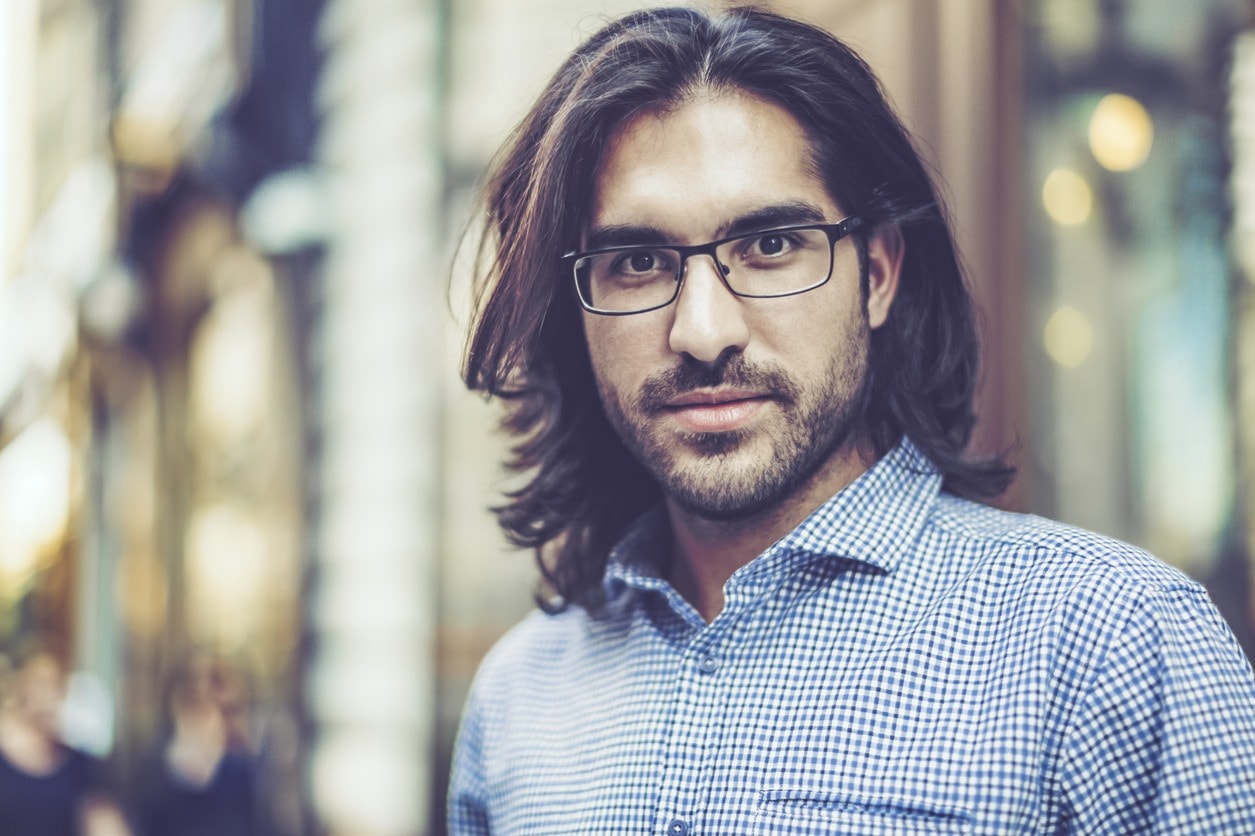 Medium Hairstyles For Men With Thick Hair: 10 Dapper