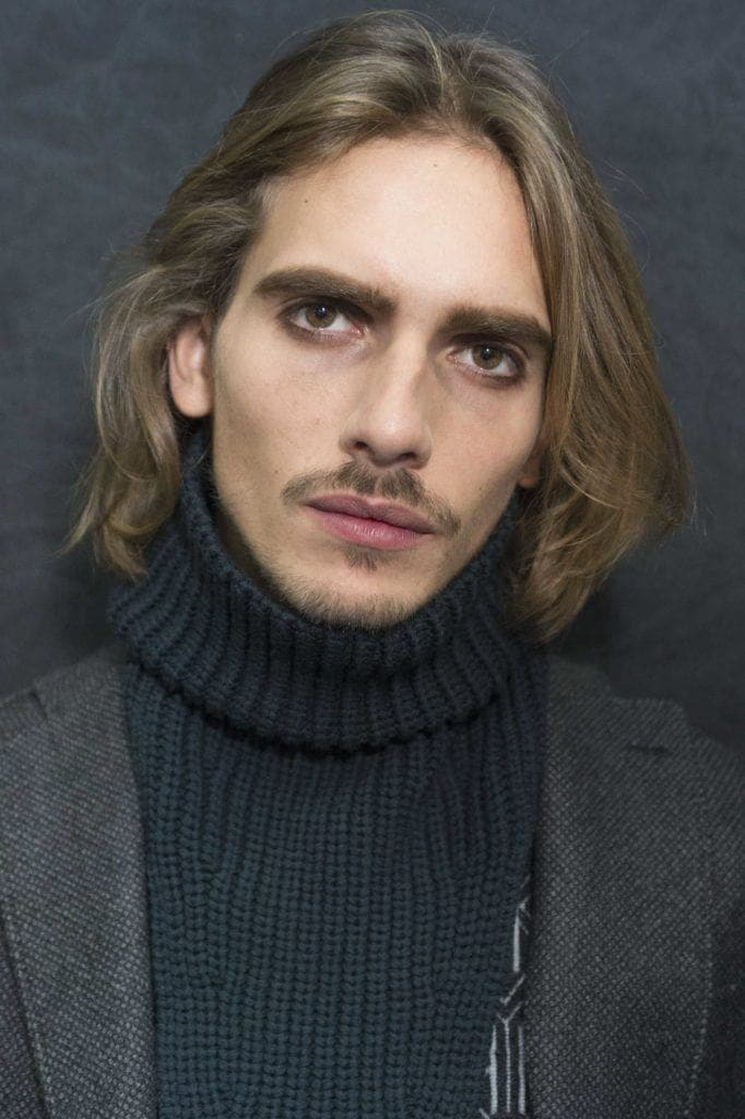 medium hairstyles for men with thick hair: brown hair