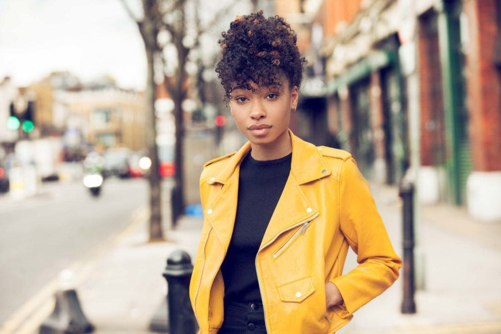 protective styles for short natural hair: pineapple updo