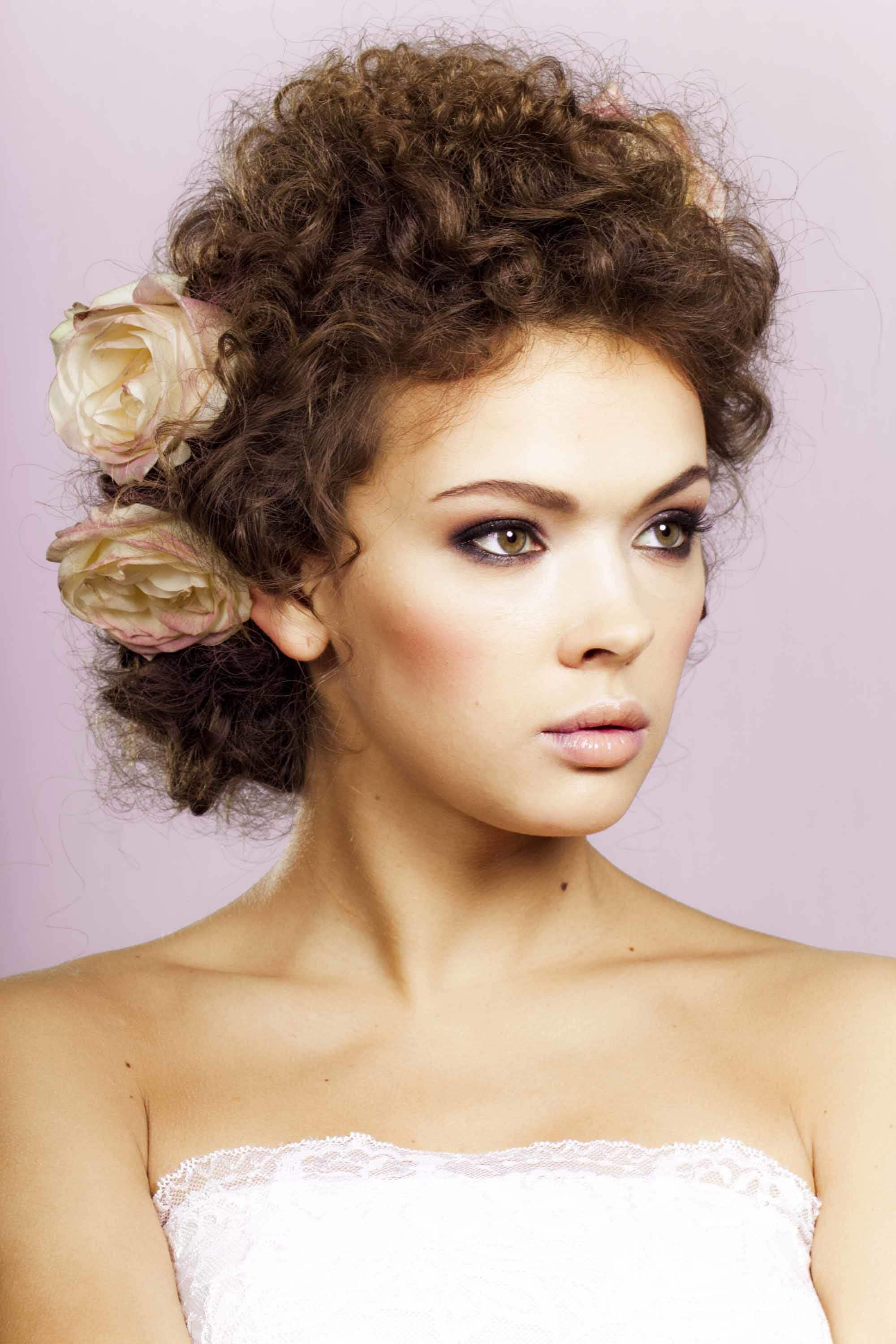 1930s hairstyles flowers and curls