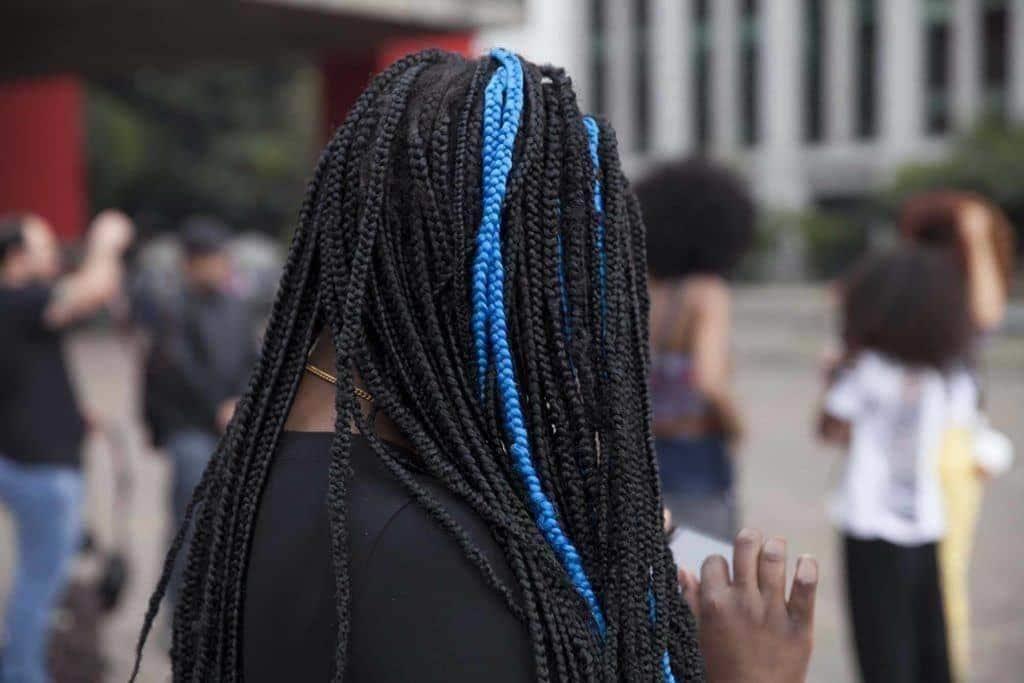 afro braids: blue streak