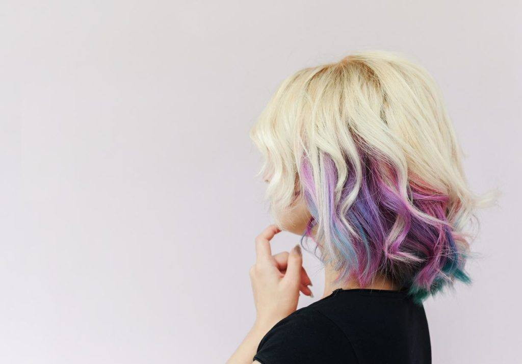 Multi Hair Color Styles: Ash Blonde Ombre: 10 Looks We Love For The New Season