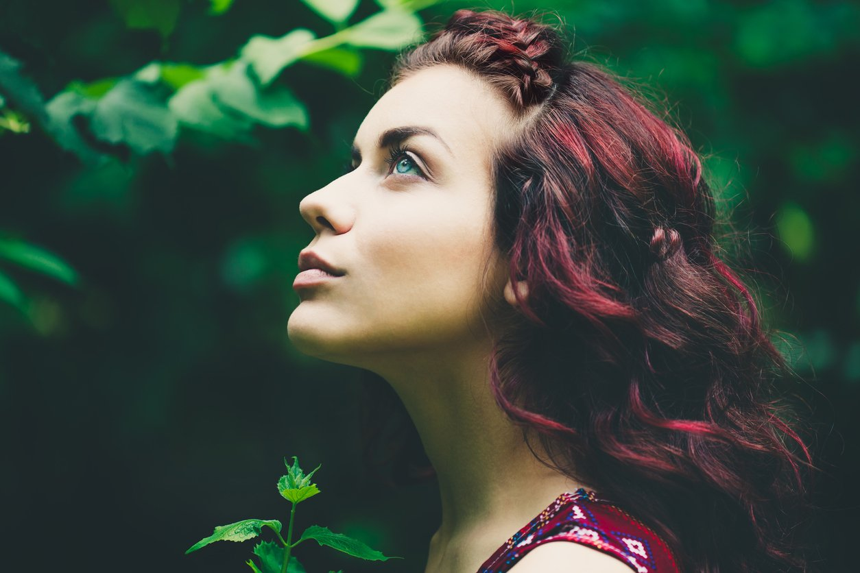 Black Cherry Hair Color 13 Easy Ways To Wear This Look