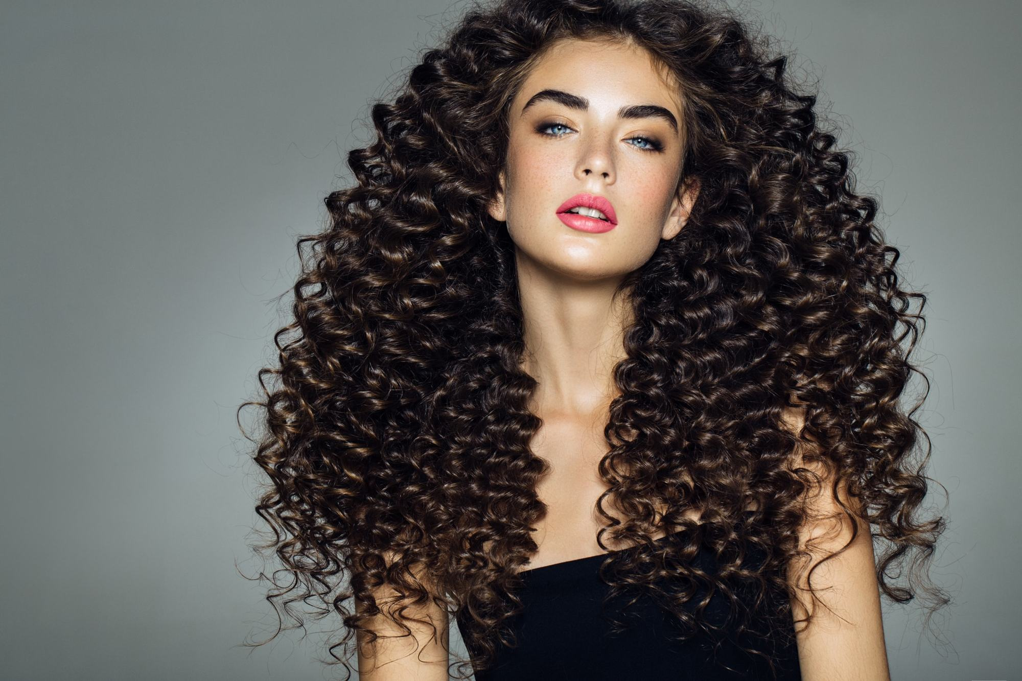 curly hairstyles for long hair tight perm