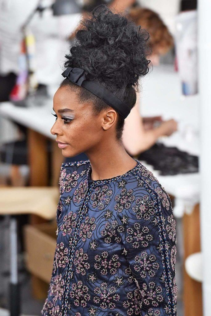 Curly Weave Hairstyles: 15 Ways to Wear this Look