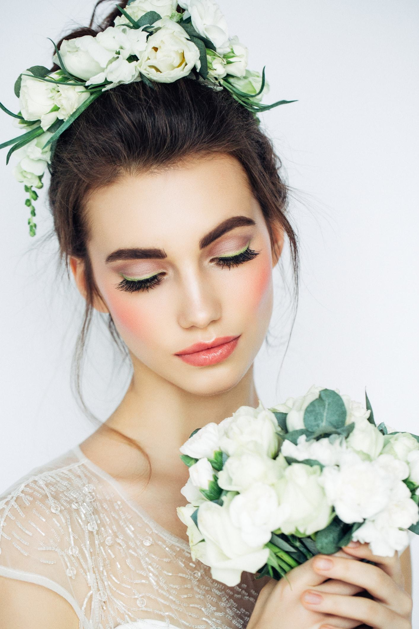 Curly Wedding Hairstyles 15 Looks For Every Kind Of Bride