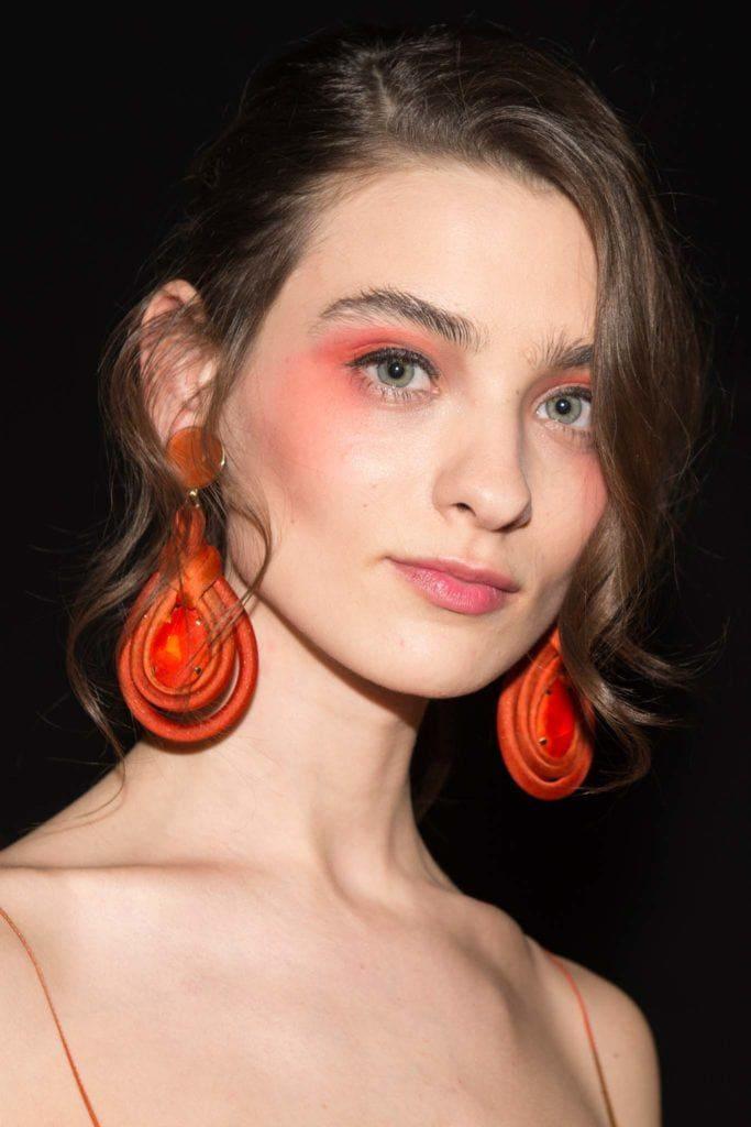 easy prom hairstyles: side bangs