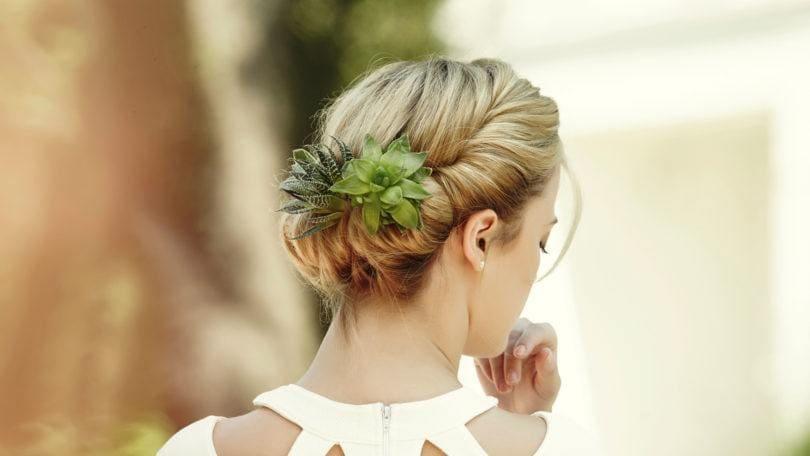 hair tutorials succulent hair trend comb updo