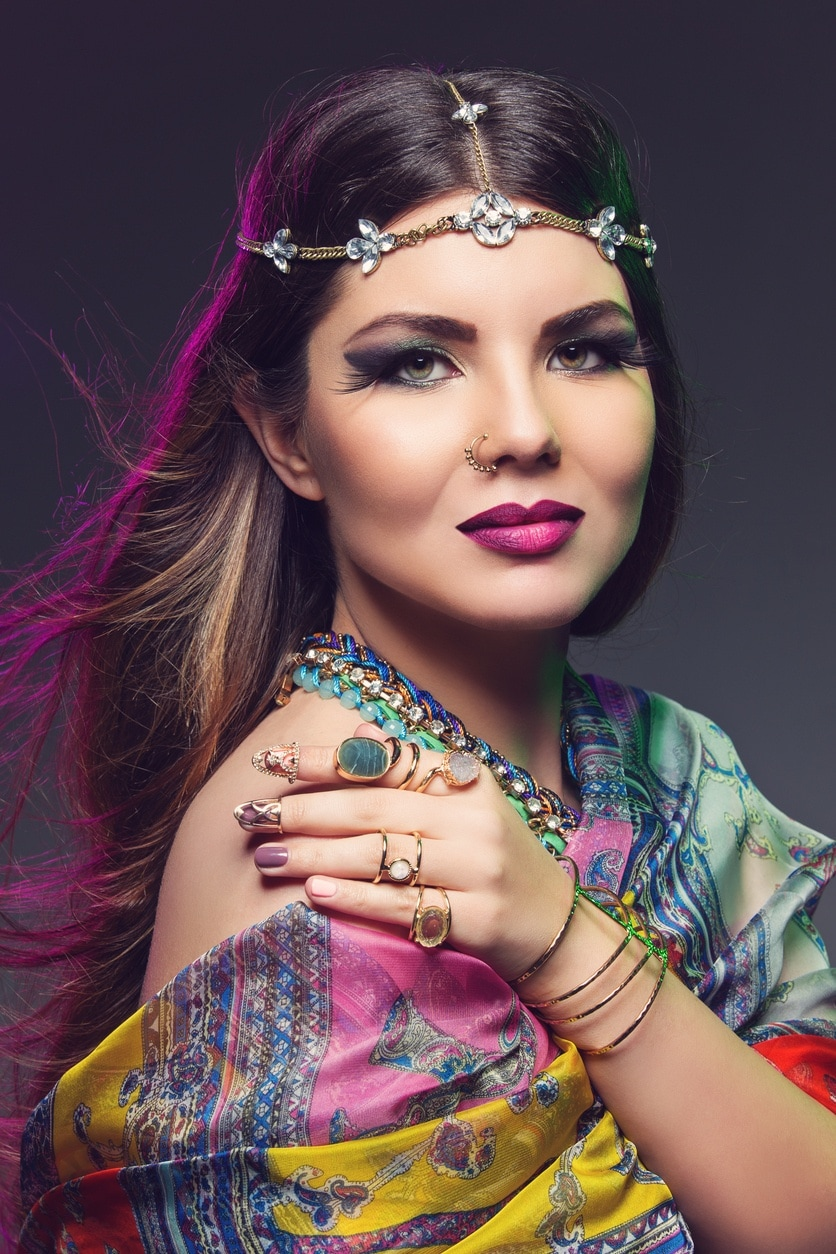 indian wedding hairstyles caramel highlights