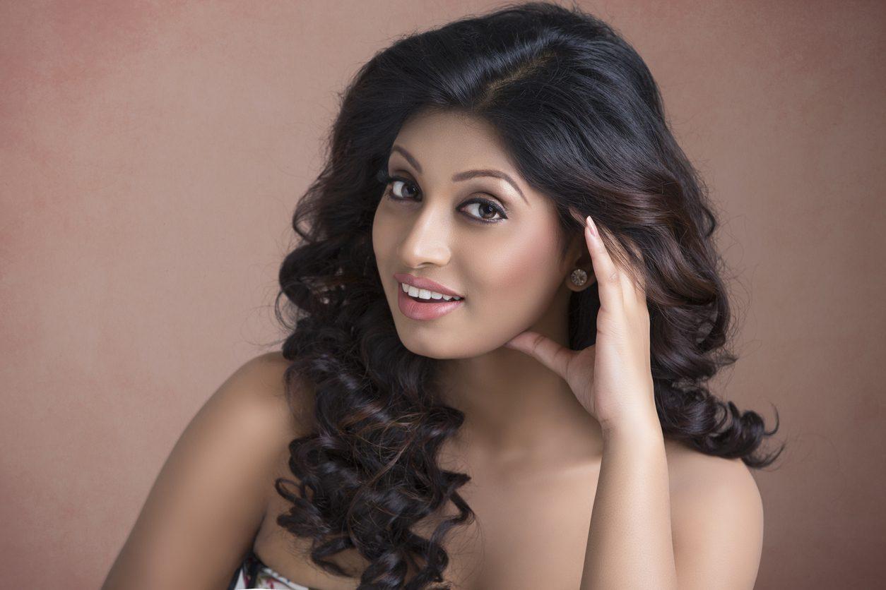 indian wedding hairstyles bollywood curls