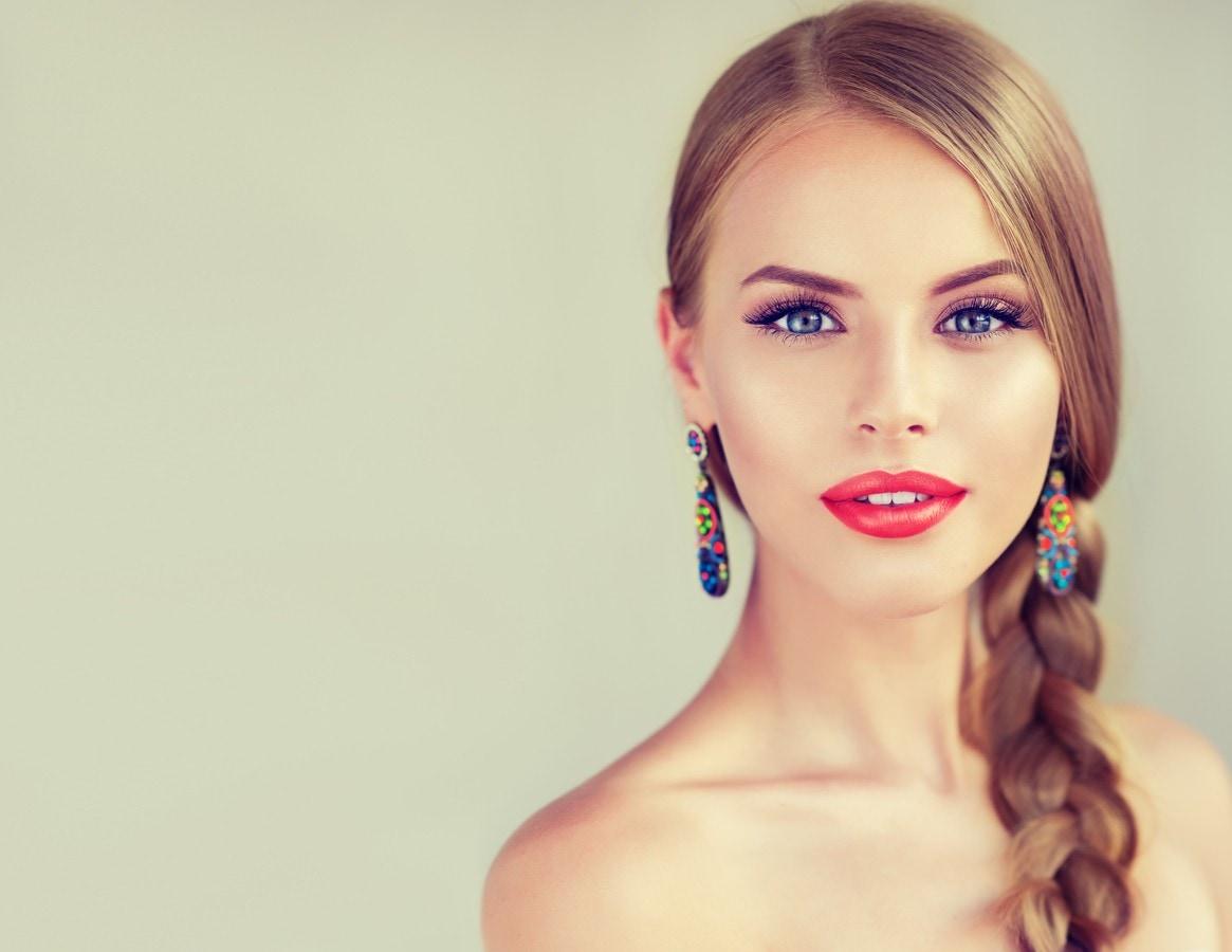 hairstyles for long blonde hair classic braid