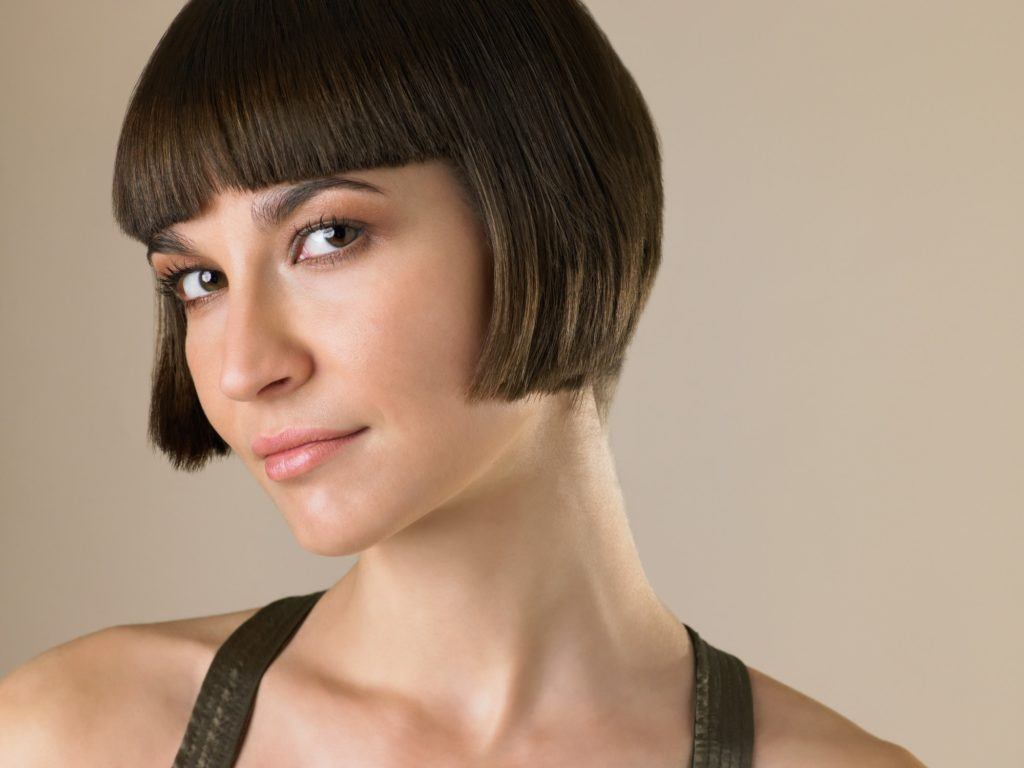 Hair Style U Cut: Short Bob With Bangs: 10 Fresh Ways To Style Your Blunt Cut