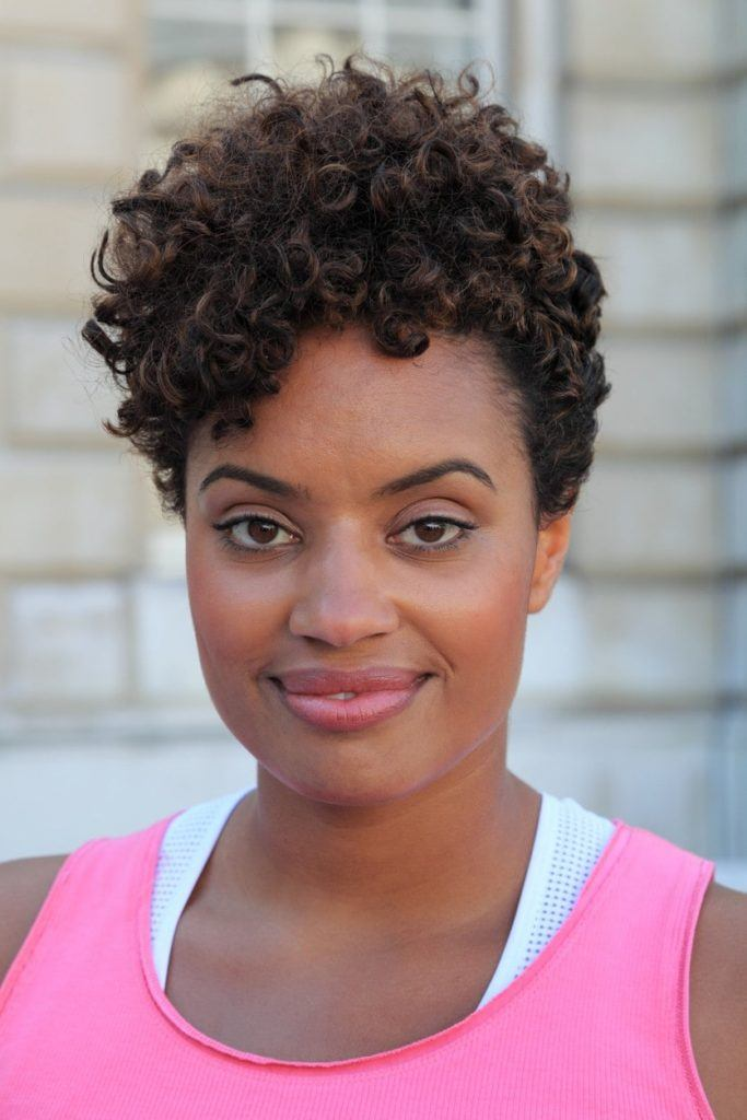 elegant hairstyles for short hair curly pixie