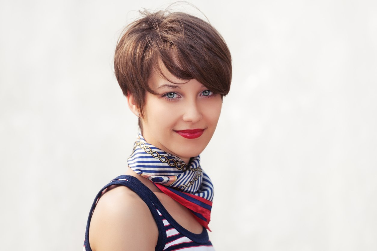 short hairstyles for square faces wedge cut