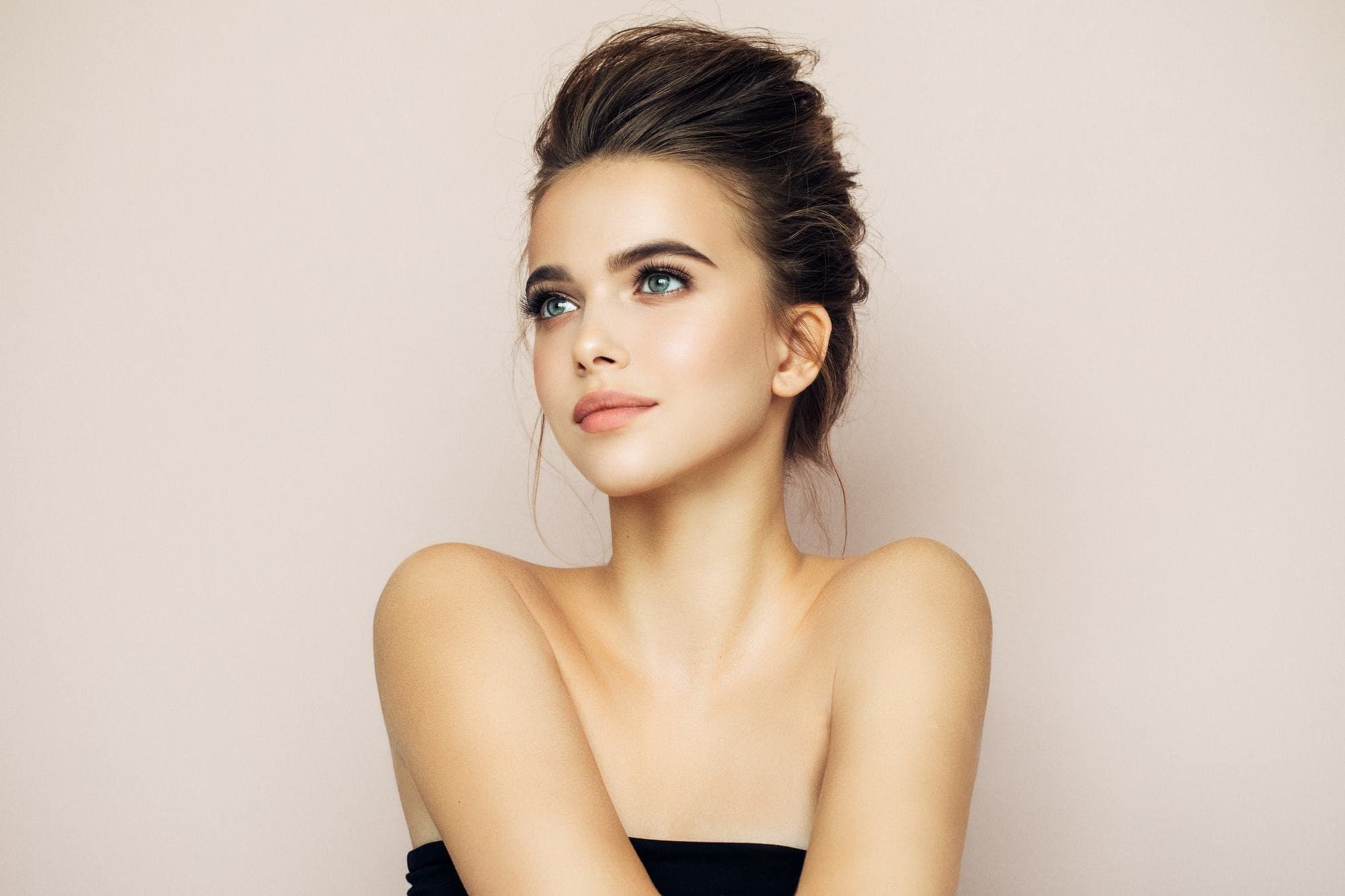messy hairstyles back combed updo brunette