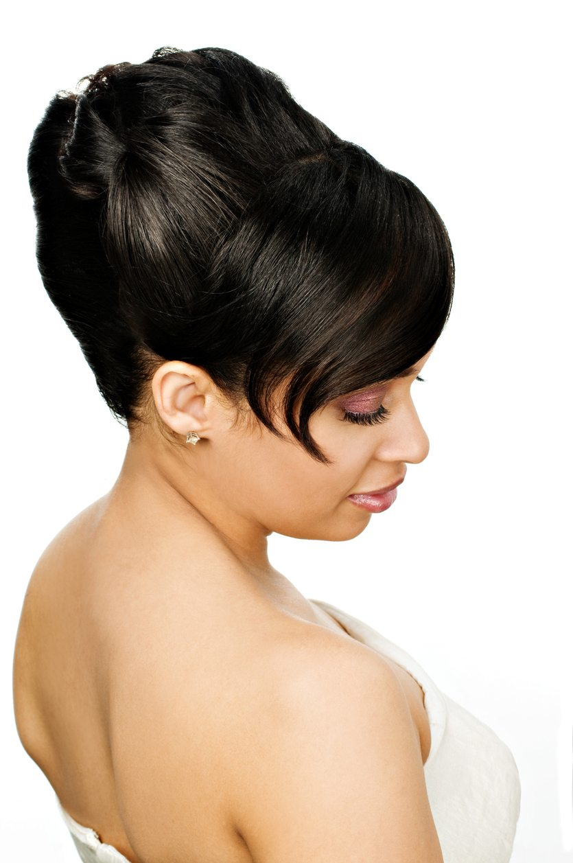 Vintage Updo Hairstyles That You Need To Try Today