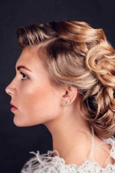 wedding hairstyles for medium length hair: pinned curls