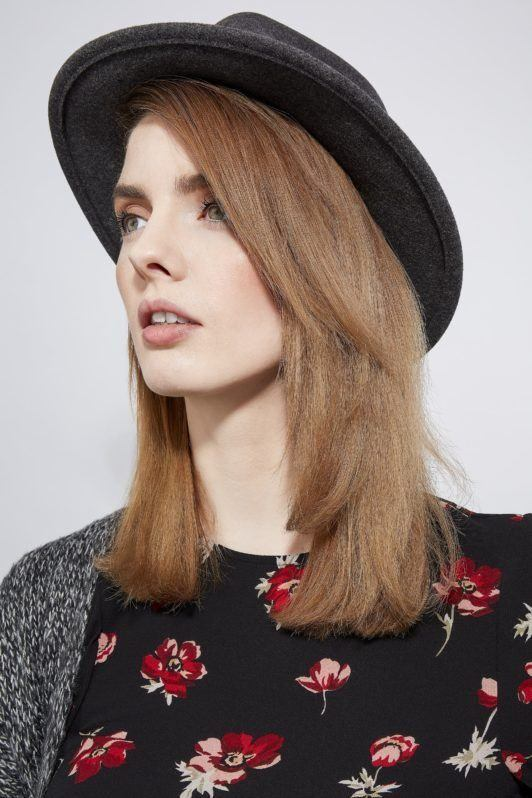 how to blow dry hair straight finished look