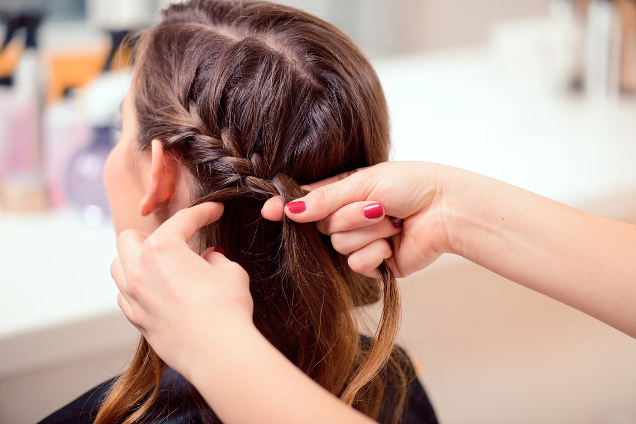 Wigs hacks French braid