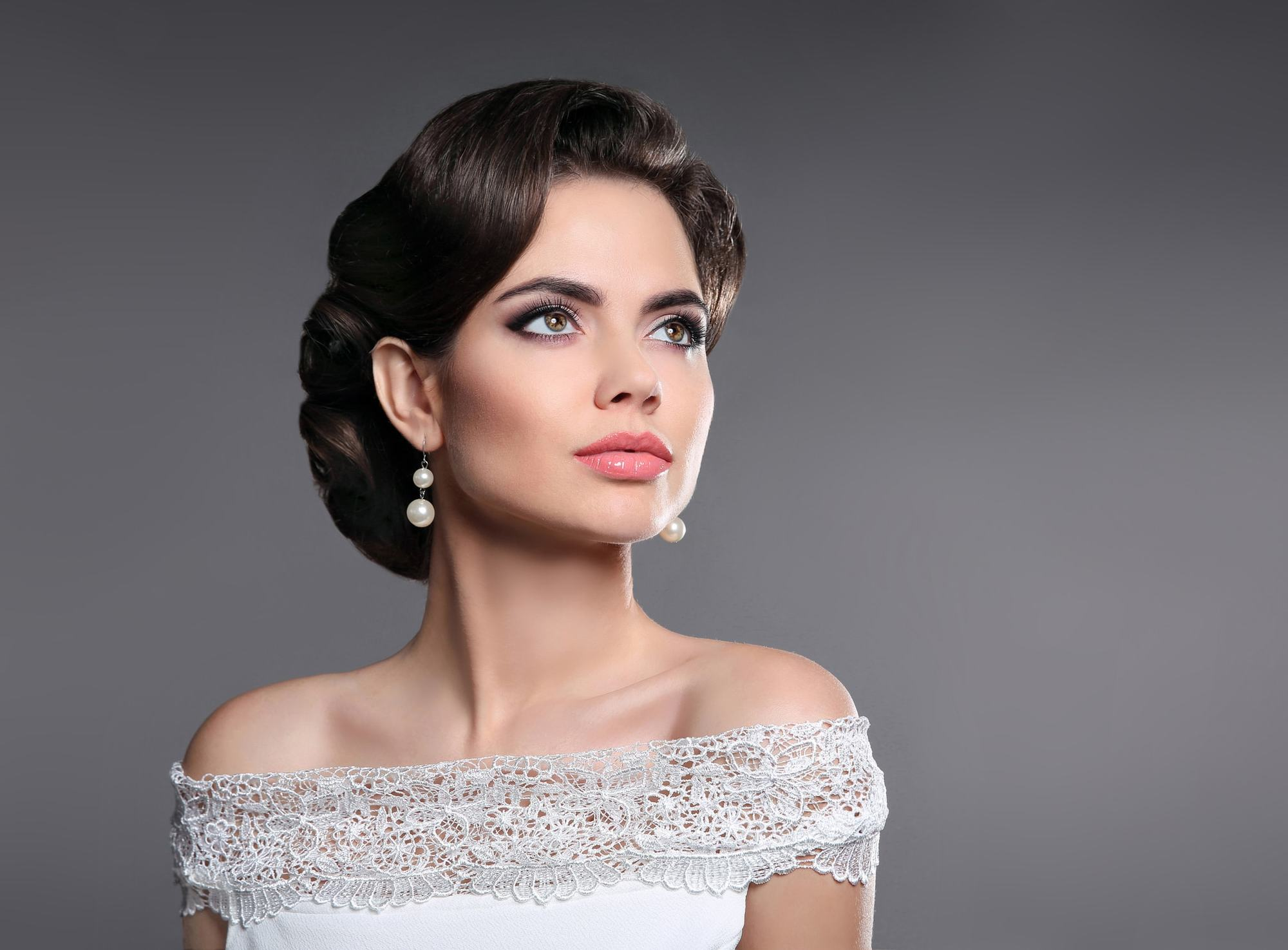 1940s hairstyles simple 1940s hairstyles brunette updo 40s hairstyles look into the fascinating world of vintage hair