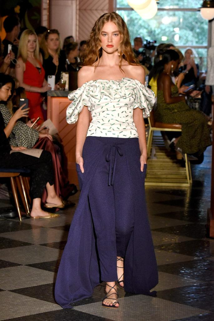 Half Wet Waves Fashion Week 39 S New Cool Girl Style
