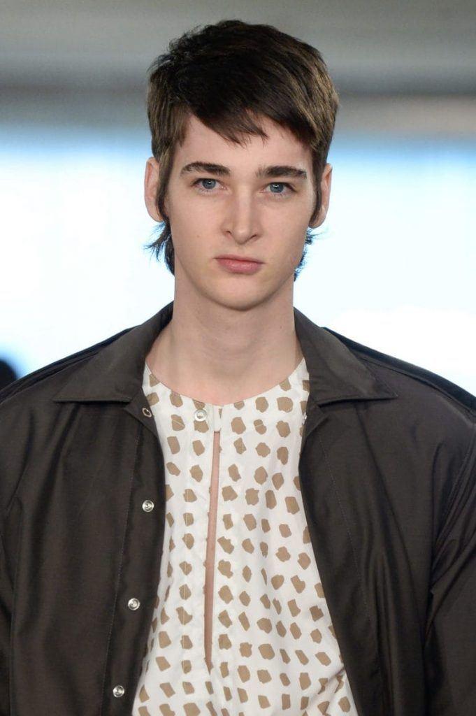 haircuts for balding men: mullet