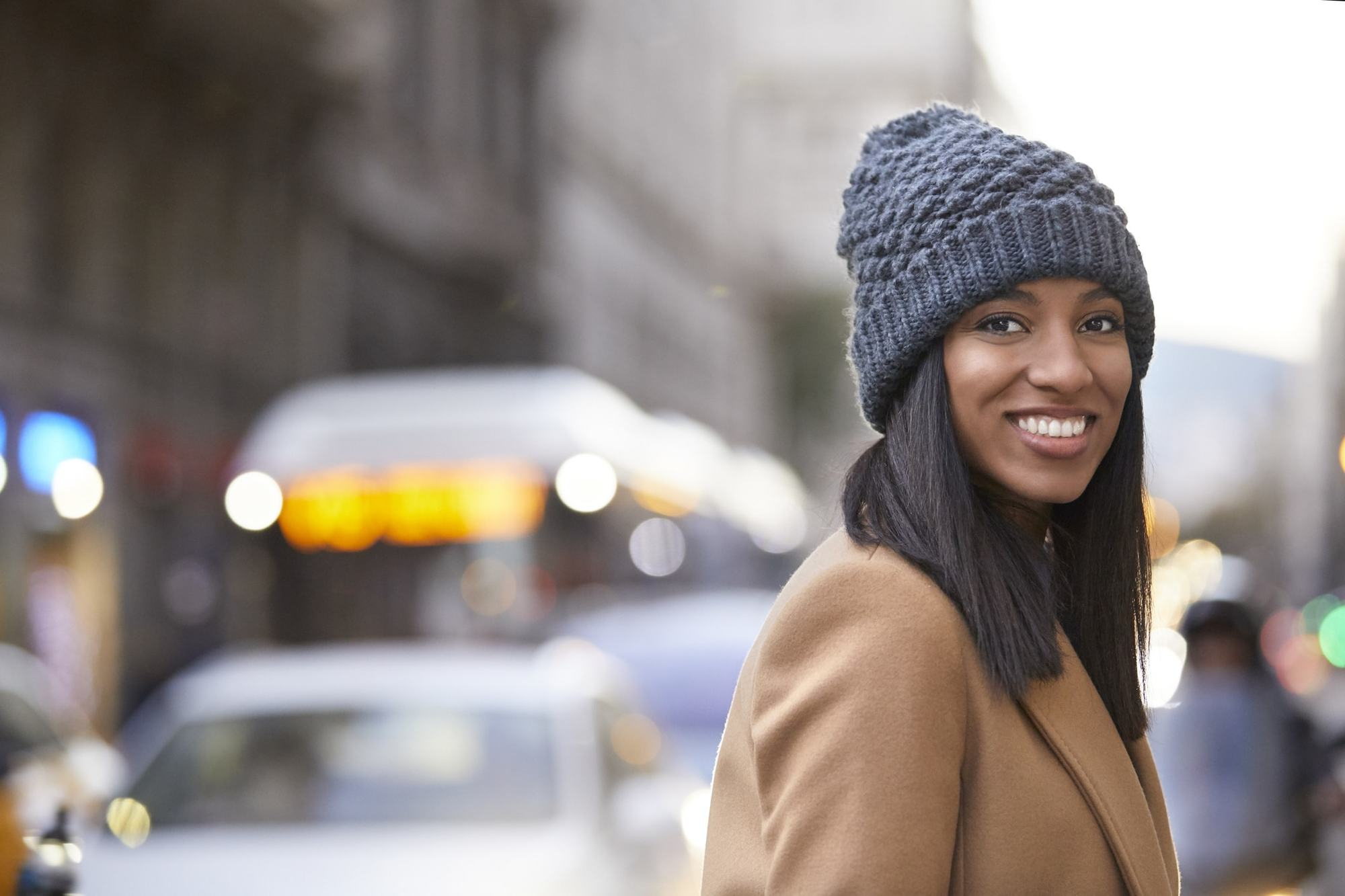winter hair trends straight hair hat