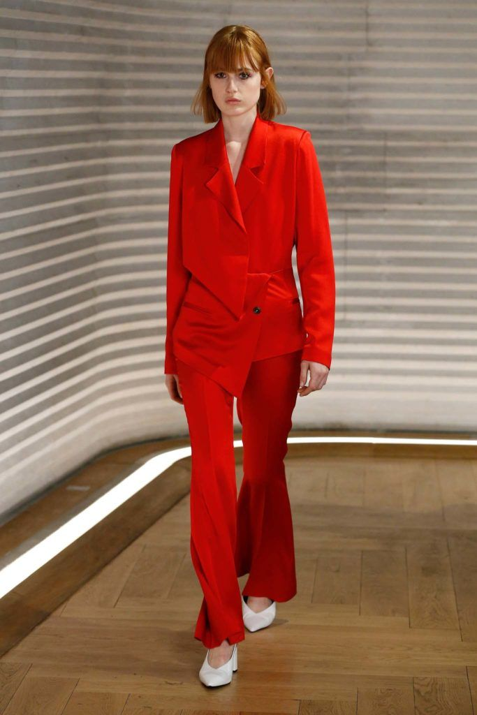 international women's day styles long bangs