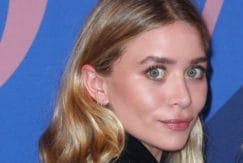 Dirty blonde - Ashley Olsen wears her hair tucked behind her ears and with waves