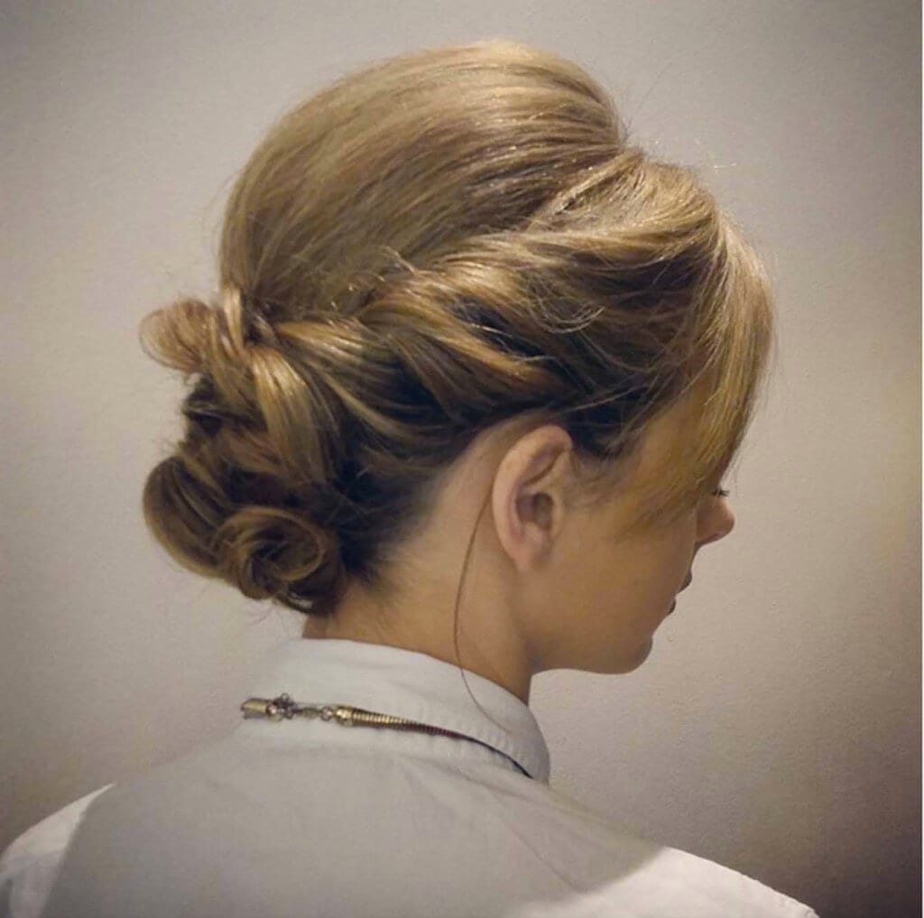 Stunning Bridesmaid Hairstyles Perfect For Summer Weddings