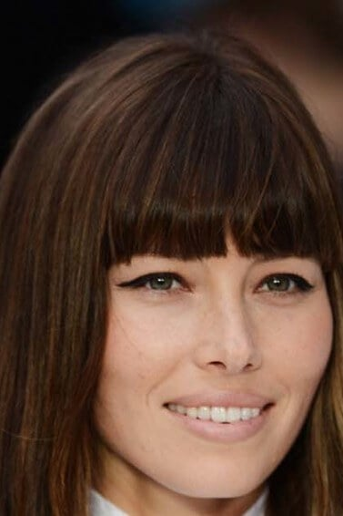 haircuts-for-long-hair-blunt-bangs-jessica-biel