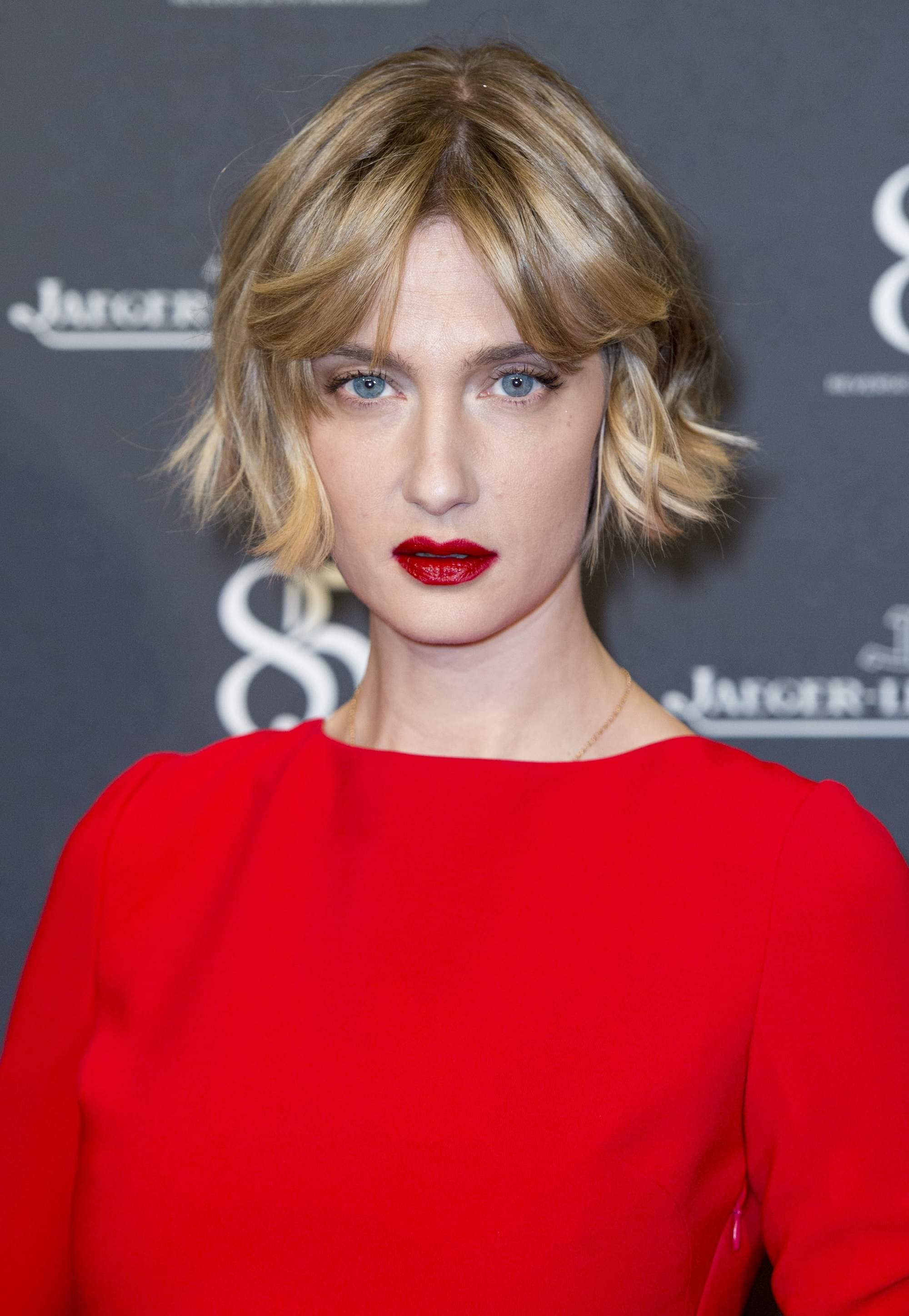 18 Short Bob Hairstyles Thatll Have You Running To The Salon