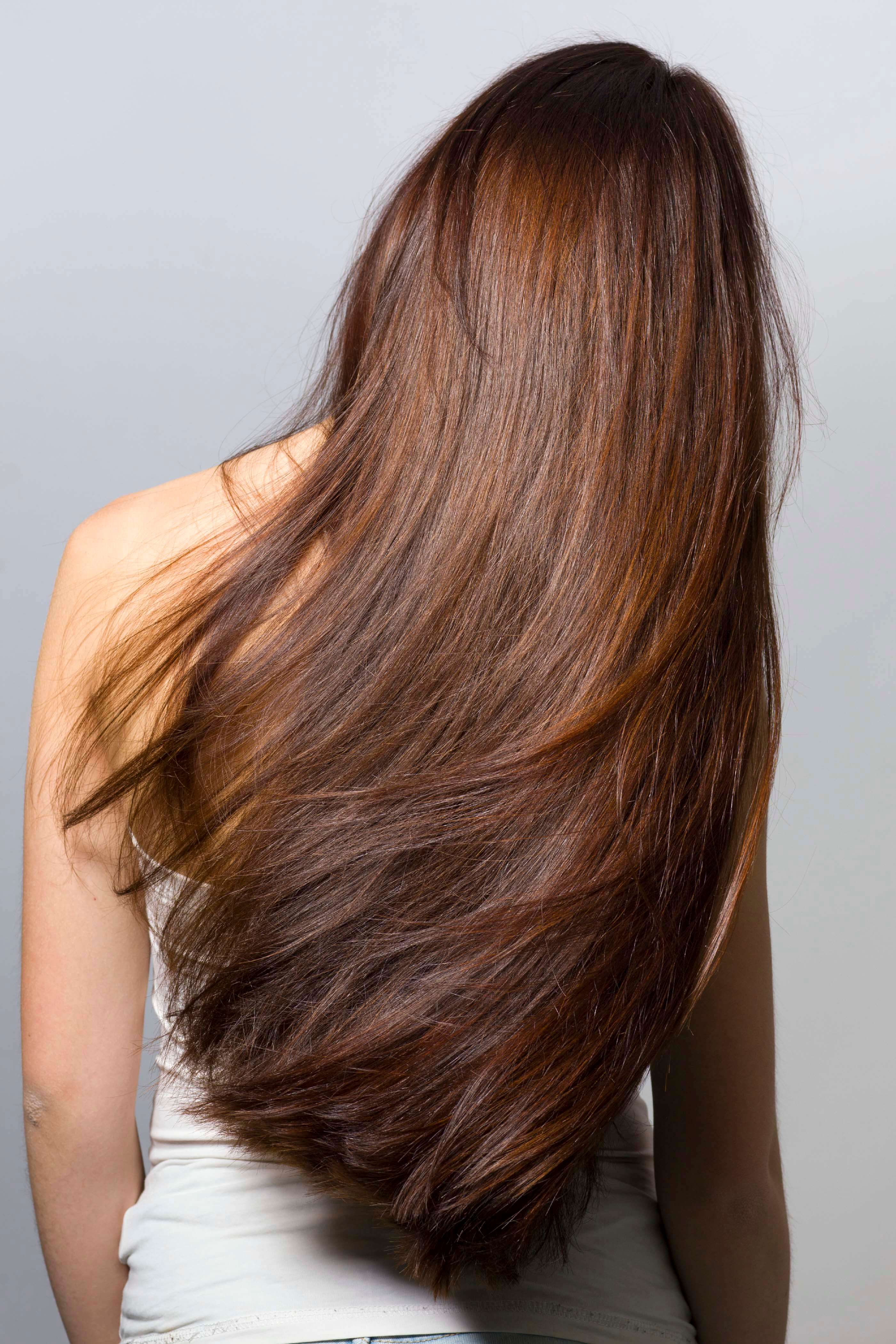 Фото красивых девушек сзади с темными волосами