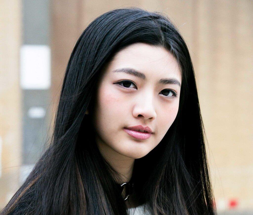 photo Best Dry Shampoo for Asian Hair